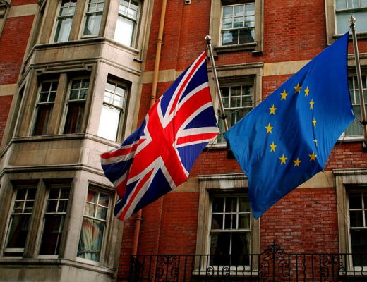 800px-Union_Jack_and_the_european_flag
