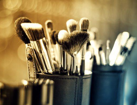 makeup-1289325_960_720