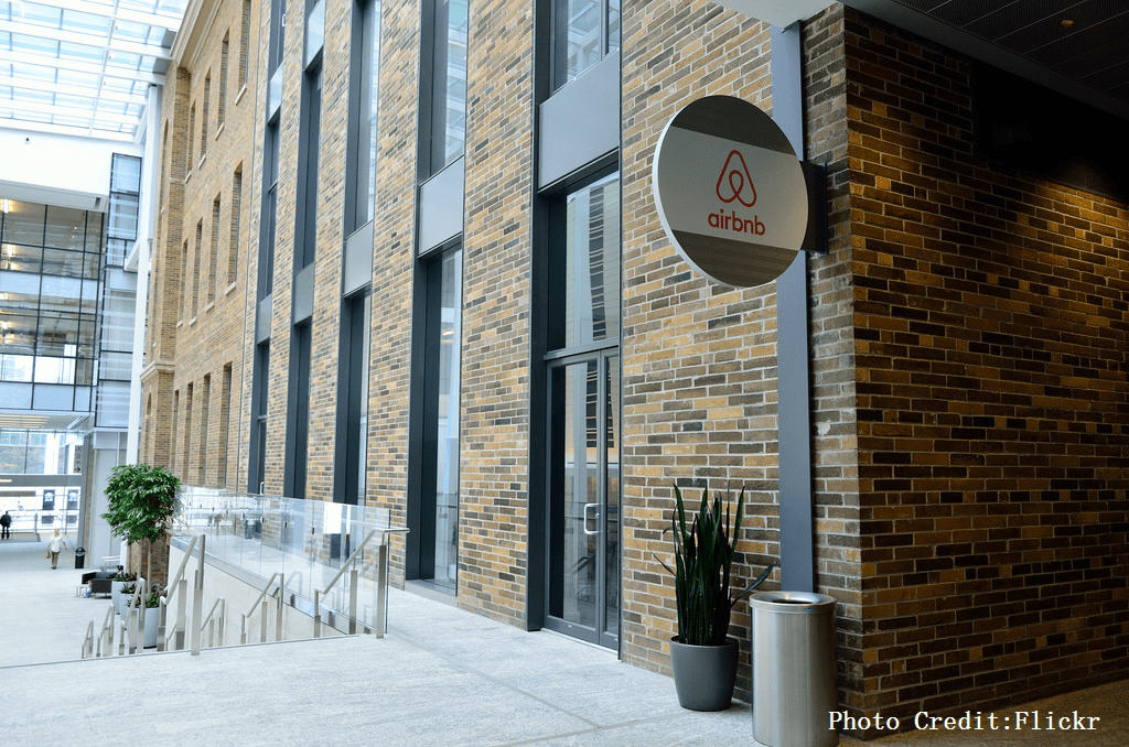到酒吧Check in、建議慢跑路線…Airbnb時代飯店業者如何生存