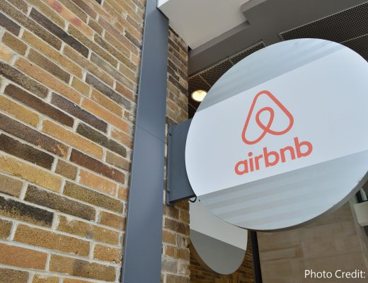 airbnb_sign