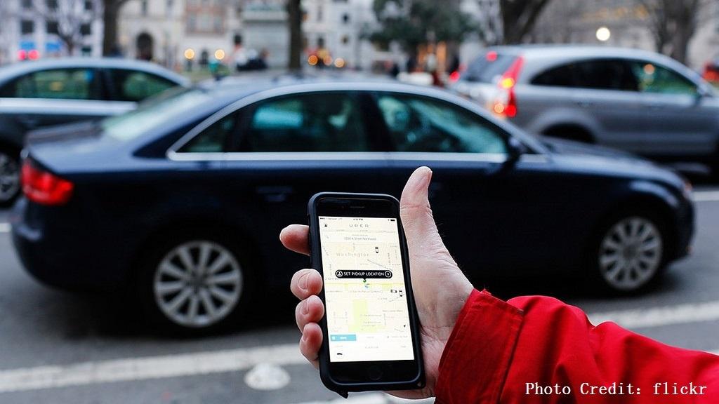 線上叫車群雄爭霸!看「市場區隔」如何協助後進者挑戰 Uber
