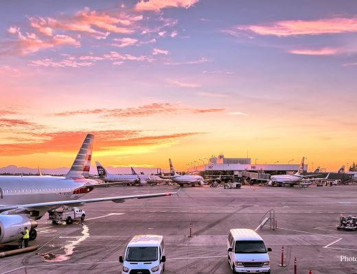 airport-airplanes-gates-flight-line-163771