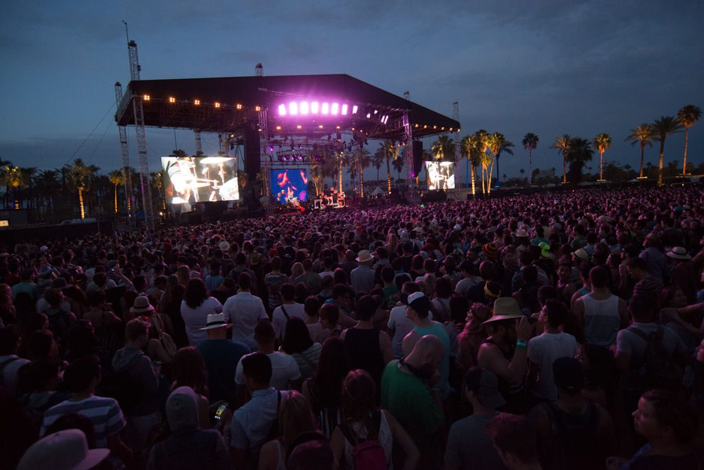 Coachella_2014_Weekend_2_Day_1_-_Outdoor_Theatre