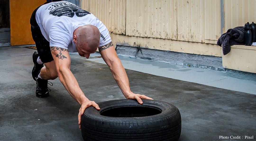 Crossfit Tyre Push Gym Tire Push Hardcore Training