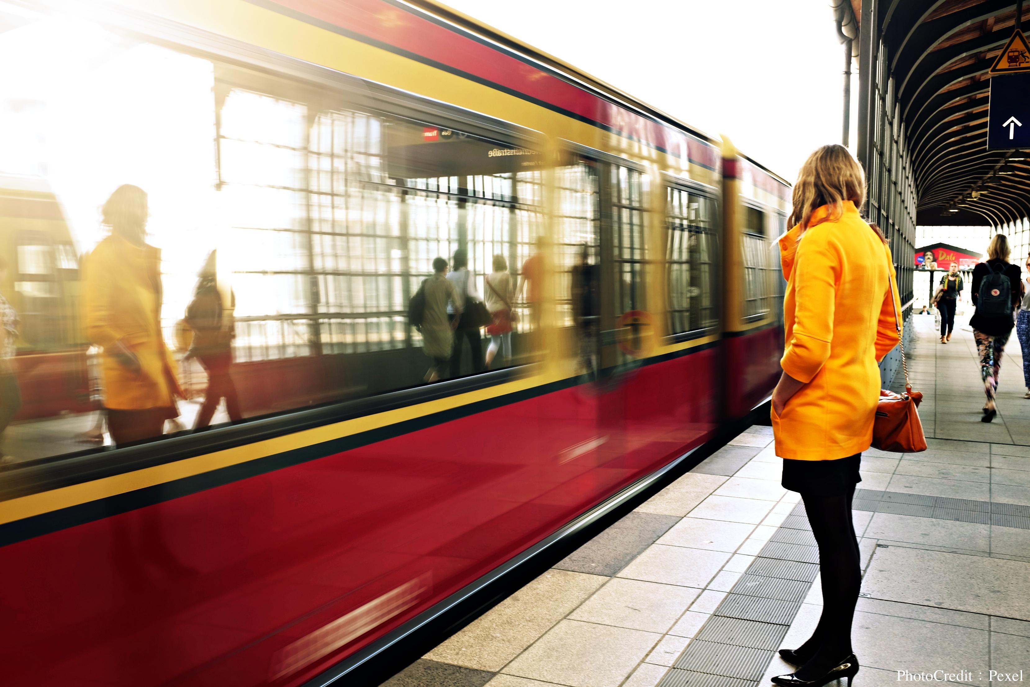 別急躁!梵谷用他畫的最好那幅畫告訴我們,剝橘子、搭火車都是生命中最重要的事