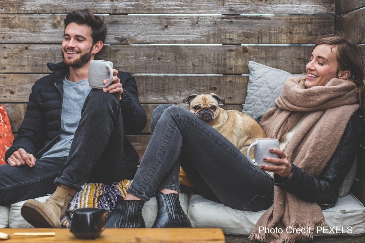 改善家人感情最好的方式:在客廳挖一個坑!來自芬蘭、日本、加拿大的設計,讓低頭族開心地放下手機