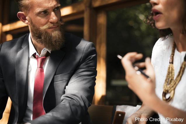 如何跟老闆說他不愛聽的真話?隱瞞或拖延都會造成更大的災難,用這4個步驟,讓老闆買單!