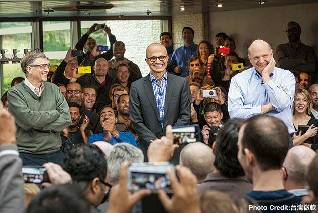 微軟CEO納德拉:大膽擁抱敵人,是數位競爭的生存法則