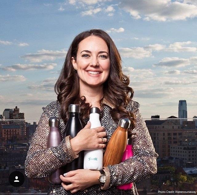 星巴克指定、歐普拉推薦、博物館專賣!一位34歲的女會計師,創造出既時尚又實用的保溫水瓶!