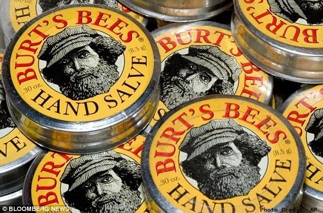 美妝品牌找大鬍子代言?價值10億美元的「小蜜蜂爺爺」品牌,背後有個愛恨情仇的故事