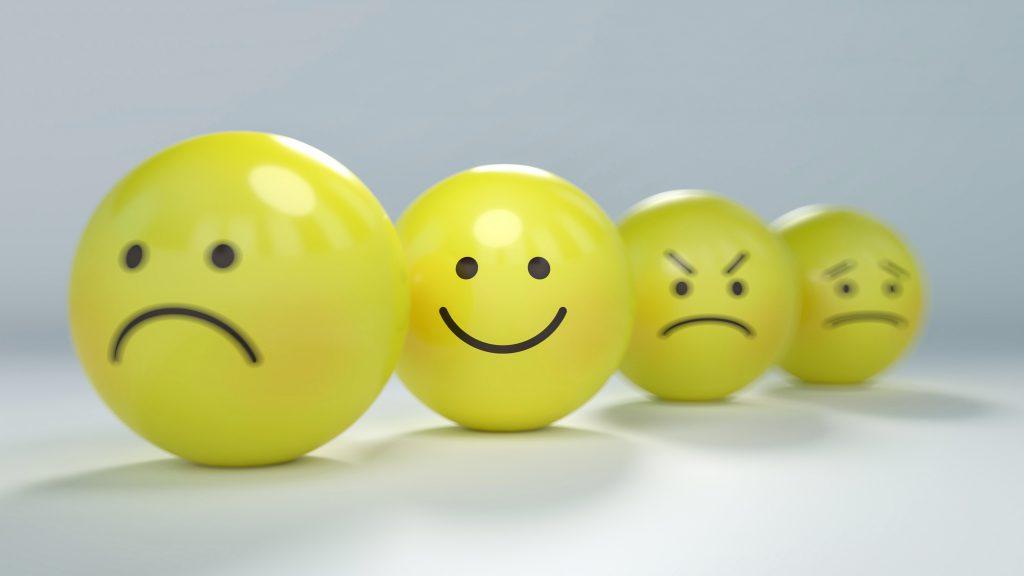 到頭來,錢還是能買得到快樂?!40年來各種快樂研究,教我們5種快樂的方法